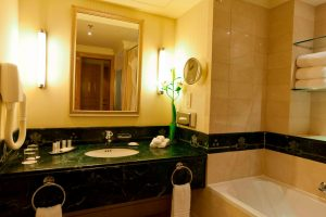mariott madinah washroom1